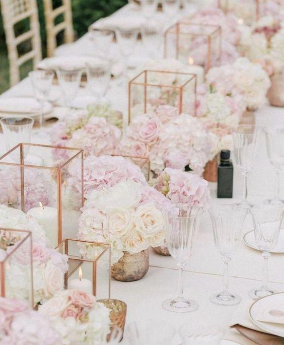 Ein Meer aus Rosen - Hochzeitsdekoration