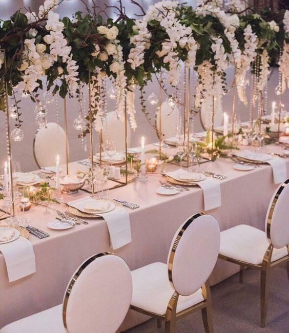Hängendes Orchideenarrangement - Hochzeit Tischdekoration