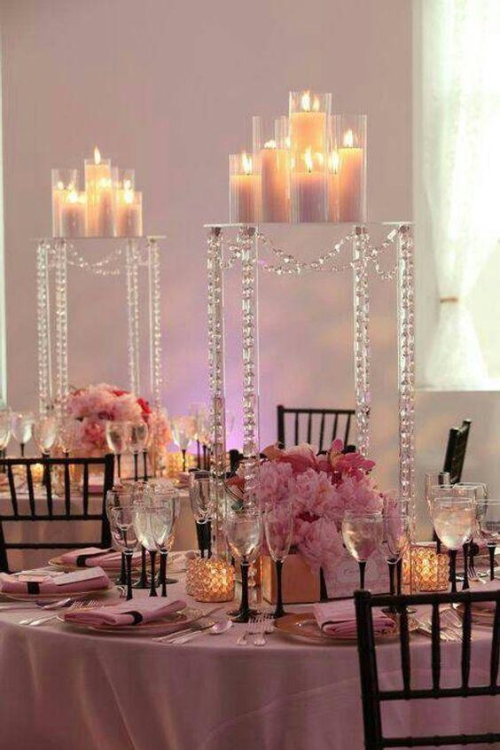 Romantischer Kerzenschein - Hochzeit Tischdekoration