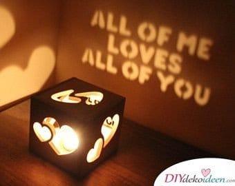 Valentinstag Geschenkideen für Freundin selber machen - Liebeslichterbox