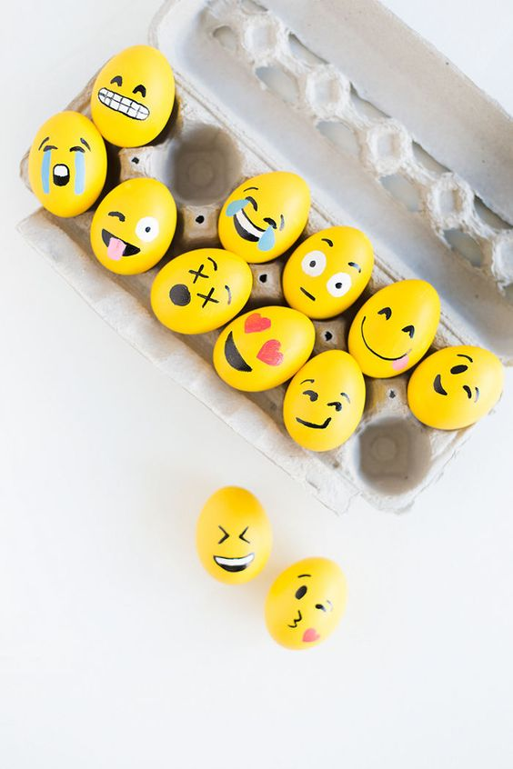 Smiley-Ostereier - Ostereier basteln mit Kindern