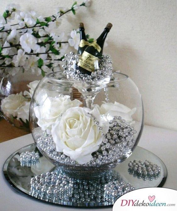 Elegante Tischdeko Silberhochzeit