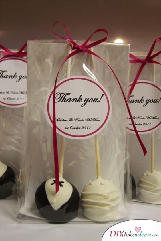 Gastgeschenke für Hochzeitsgäste – Hochzeitspaar Cake Pops