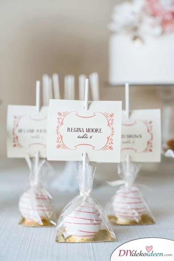Cake Pops Platzkarten - Hochzeit Gastgeschenke Ideen