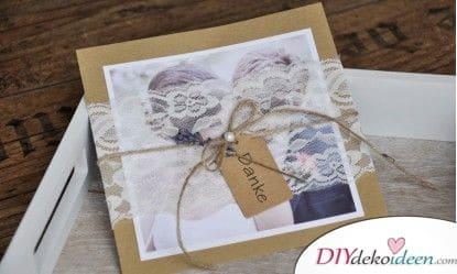 Karten mit Spitze zur Hochzeit