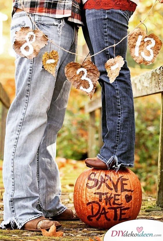 Herbstliche Einladungen zur Hochzeit zum Selbermachen