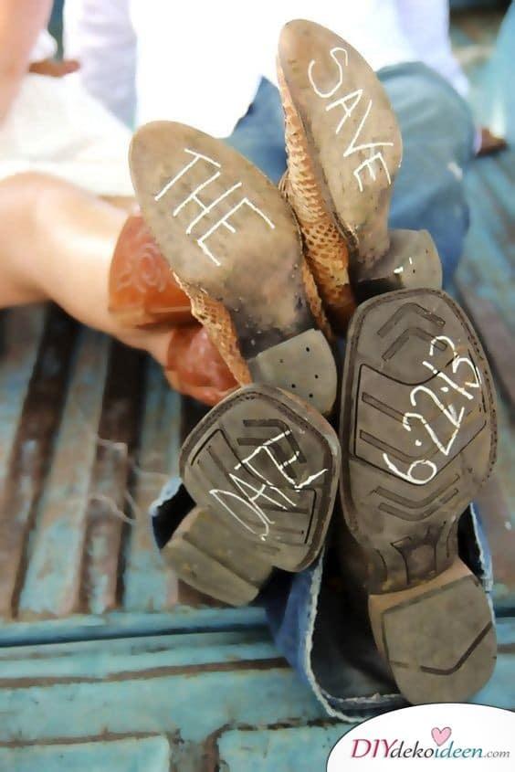 Schuhsohlen - Einladung Hochzeit selber machen