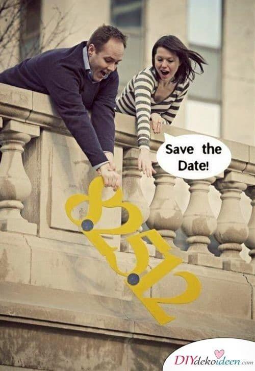 Wortwörtliche Save the Date Karten