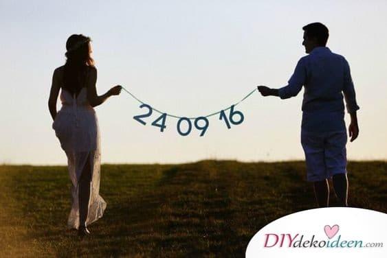 Girlande mit Hochzeitsdatum - Save the Date Karten selbst gestalten