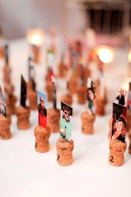 Platzkarten zur Hochzeit mit Fotos der Gäste