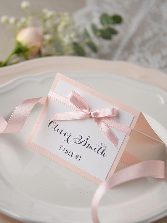 Tischkarten zur Hochzeit basteln in zartem Rosa
