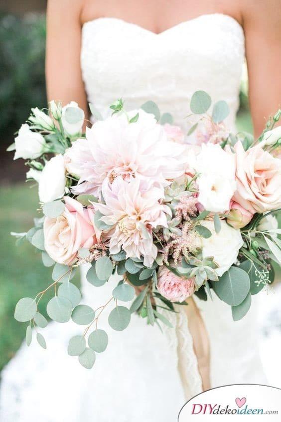Dahlien und Rosen Hochzeitsstrauß