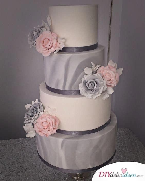 Elegante Torte in Grau und Weiß - Hochzeitstorte Ideen mit Blumen