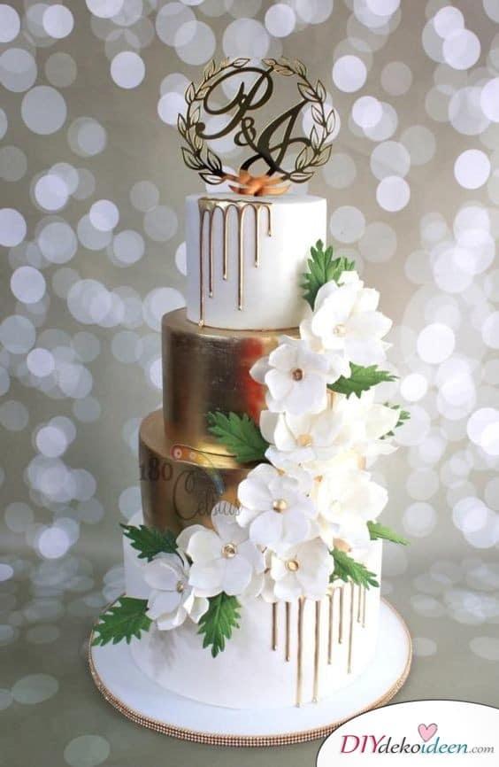 Elegante , goldene Torte mit Initalien