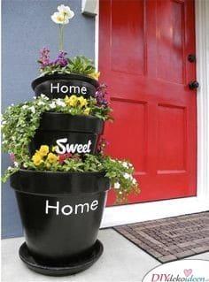 Heim trautes Heim – Blumentöpfe für den Eingangsbereich