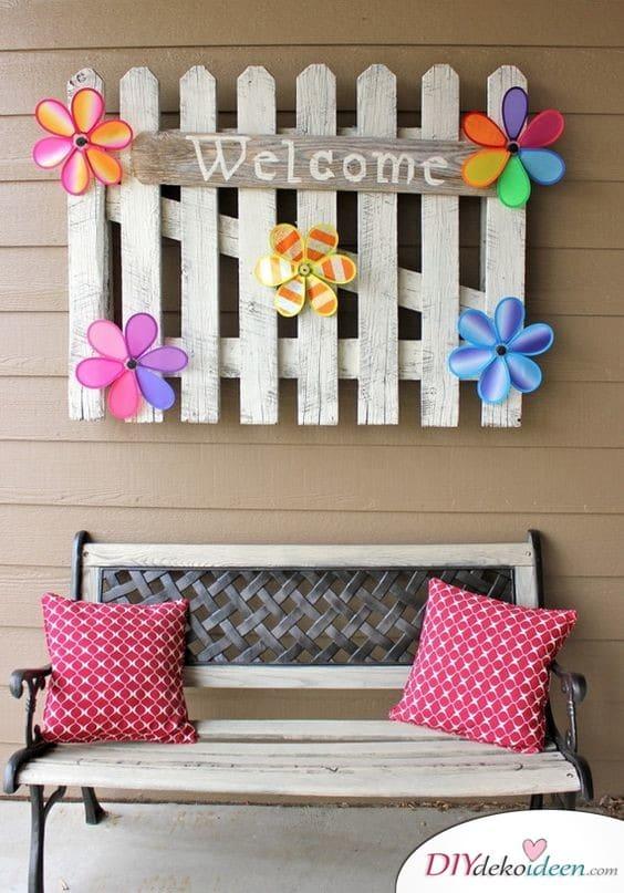 Frühlingsdeko im Garten – Willkommensschild