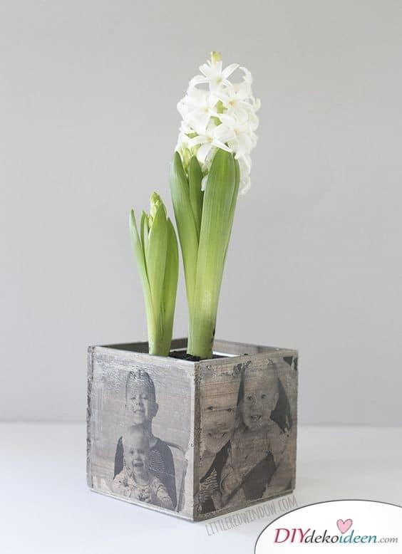 Blumentopf mit Fotos der Enkel - Geschenke für Großeltern