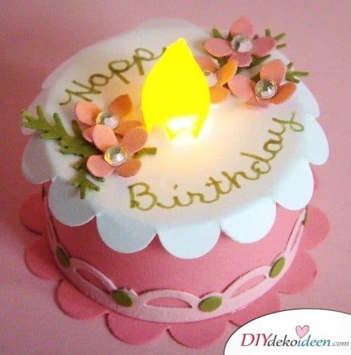 Geburtstagstorte aus einem Teelicht