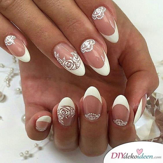 Romantisches Braut Nageldesign