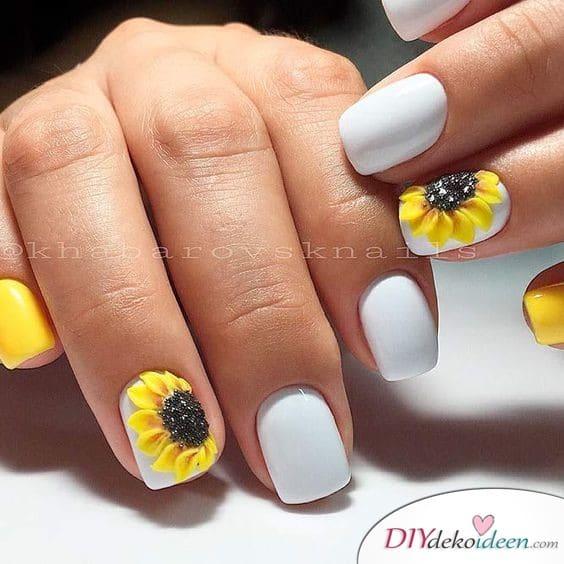 Frühlingsnägel mit Sonnenblumen