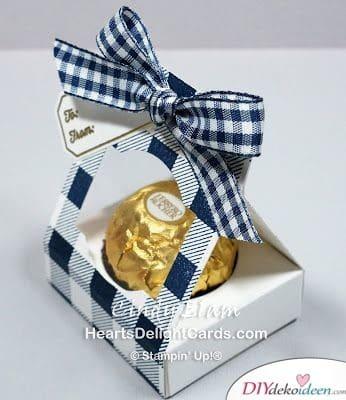 Kleine Geschenke – hübsch verpackte Pralinen