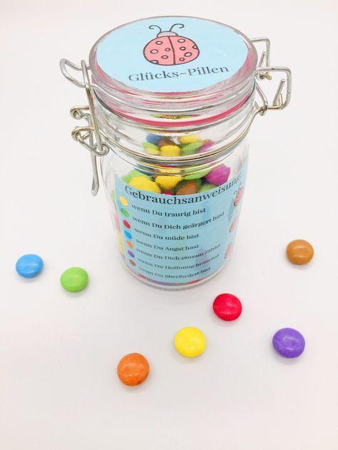 Glückspillen - kleine Geschenke für Kinder basteln
