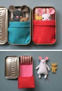 Geschenke für 4 jährige Mädchen – Puppenhaus in der Metalldose