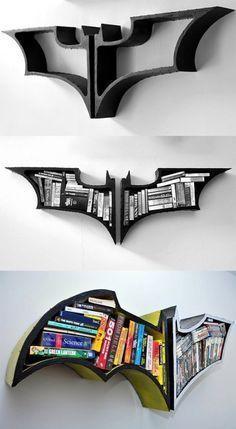 Batman-Logo-Buchregal – Geschenk selbermachen