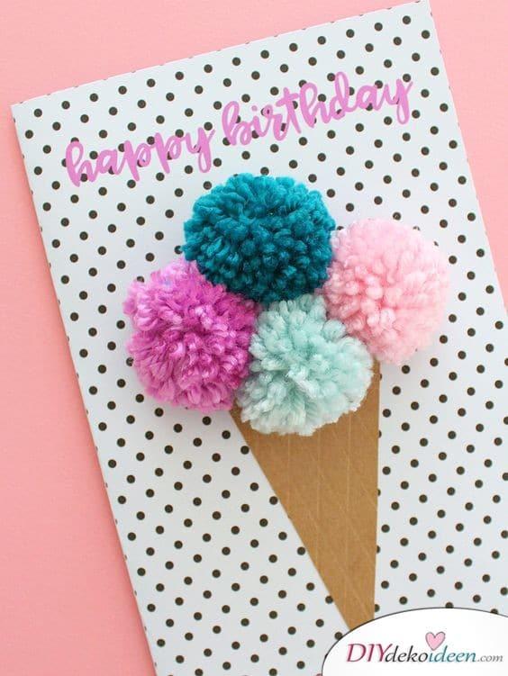 Eiscreme-Geburtstagskarte mit Pompoms
