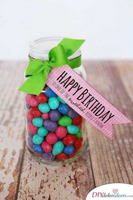 Schokolinsen im Einmachglas – Geburtstagsgeschenkidee