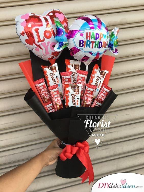 Schokoriegel-Strauß - Geschenke für Frauen zum Geburtstag