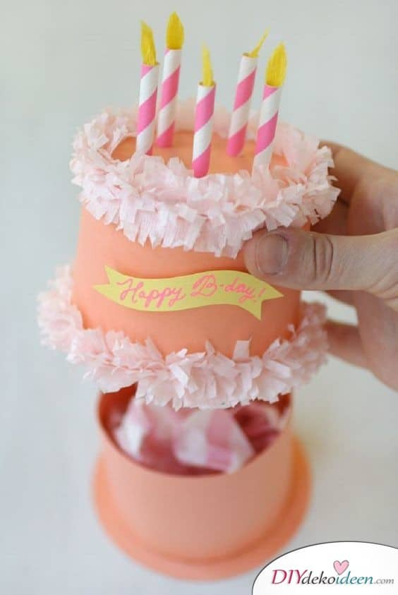 Paper birthday tags