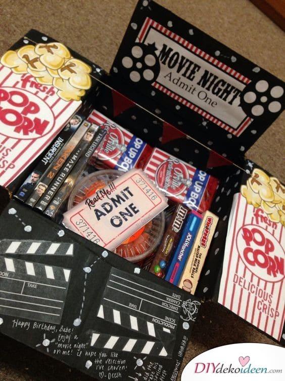 DVD-Abend in der Box - Geschenk für die beste Freundin zum Geburtstag