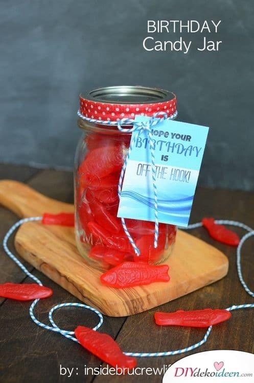 Geburtstagsglas mit Süßigkeiten