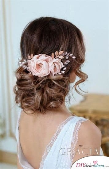 Medium haircuts for hair - Romantic locks with flowers