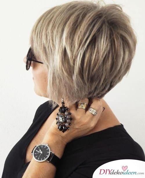 Kurzhaarfrisuren für Frauen ab 50 – So stylt man dünnes Haar