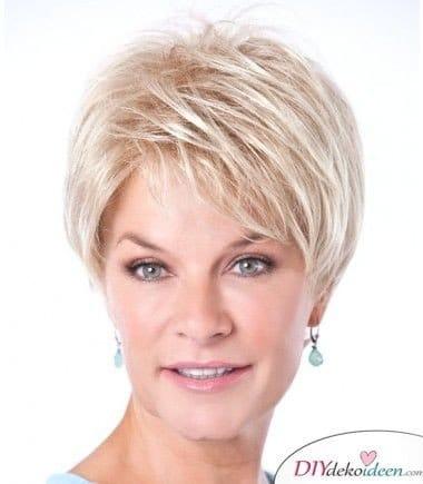 Frisuren für Frauen ab 50 – Graues Haar färben