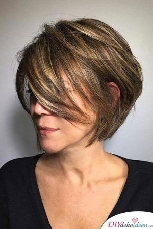 Hairstyles for women from 50 - Bobs