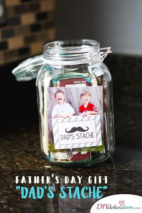 Papas Schnurrbart – Kleines Geburtstagsgeschenk
