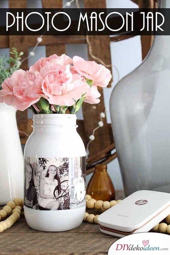 Geschenkideen für die Schwester – DIY Vase mit Fotos