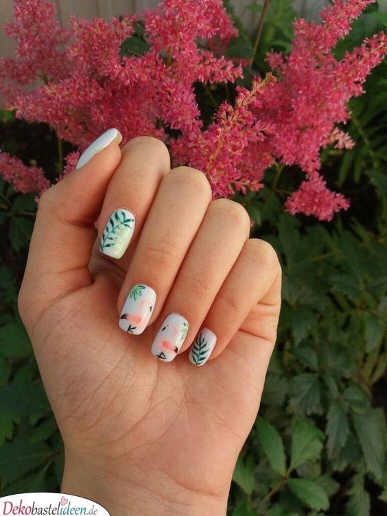 Flamingo-Nägel - sommerliche Nägel