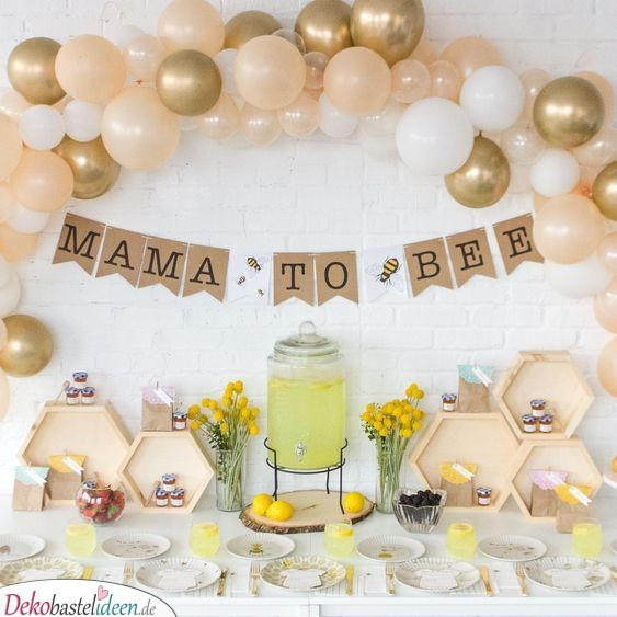 Büfett-Deko mit Bienenmotiv - Baby Shower Party Ideen
