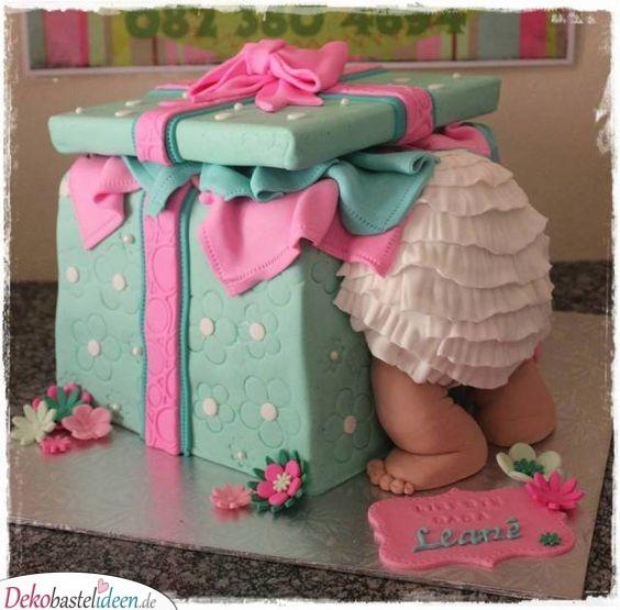 Baby in der Schachtel – Ideen für Babyparty Torten