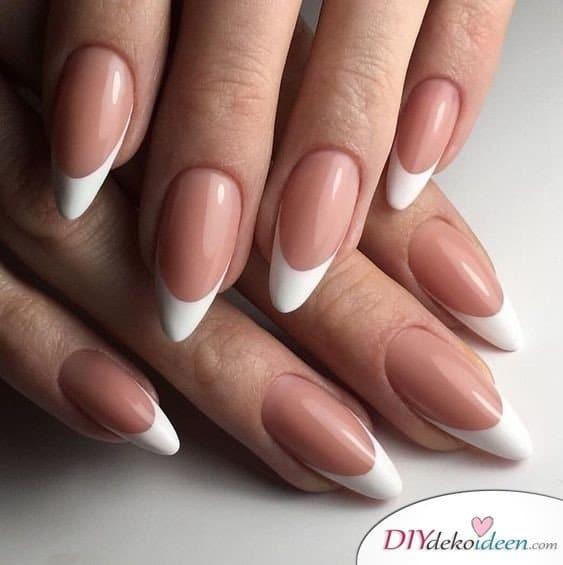 Wunderschön und schlicht – Ovale French Nails