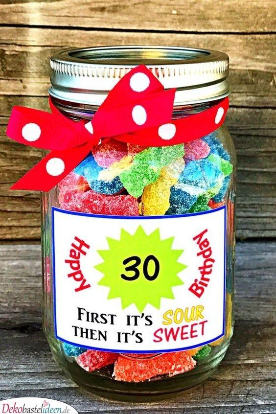 Ein Glas voller guter Sachen – Geschenkideen mit Süßigkeiten