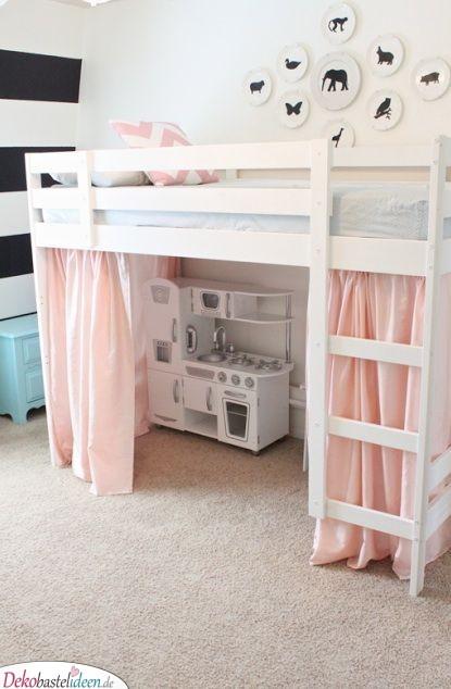 Eine Kinderküche unterm Bett – Süß und macht Spaß