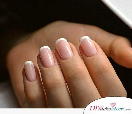 Simple Manicure - Nail Design French