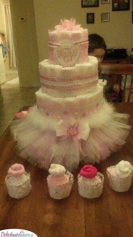 Süße Windeltorte - Geschenke zur Geburt Mädchen