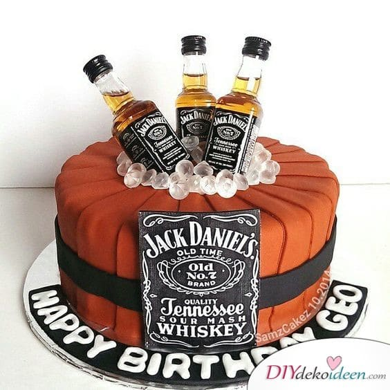 Birthday shower cans with alcohol - Birthday cakes ideas