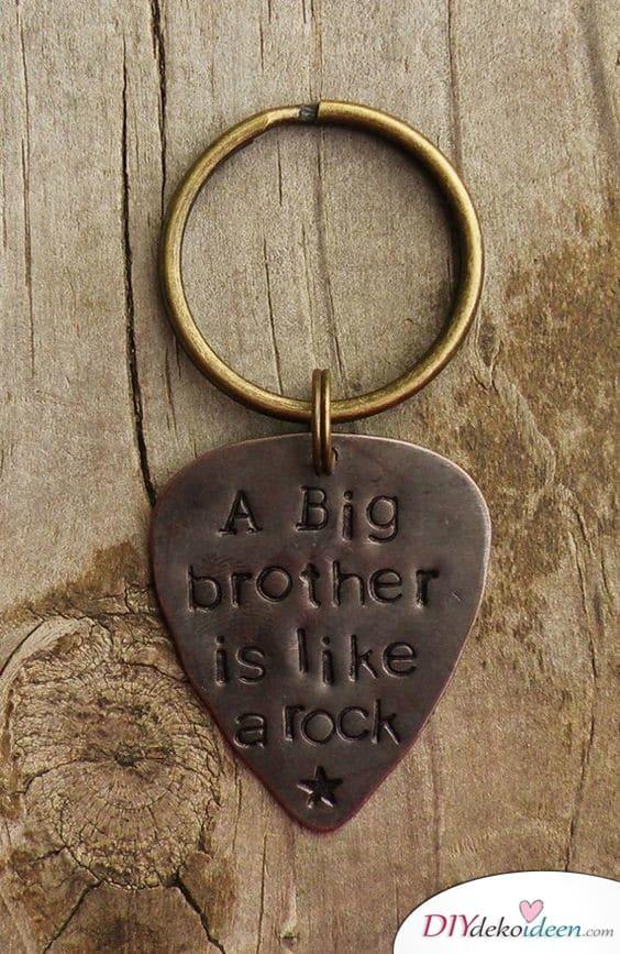 Schlüsselanhänger für den Bruder